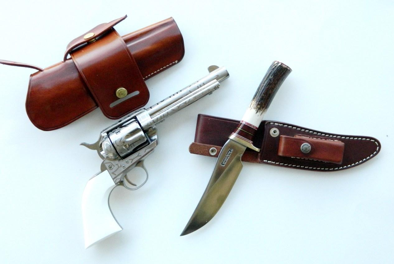 Taylors Cattlebrand revolver and Randall Trailblazer Bowie knife