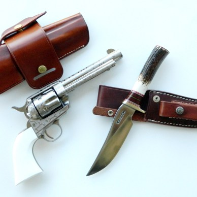 Taylors Cattlebrand revolver and Randall Trailblazer Bowie knife