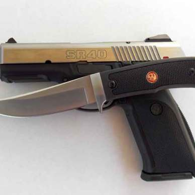 Ruger Accurate Knife with SR40 pistol.