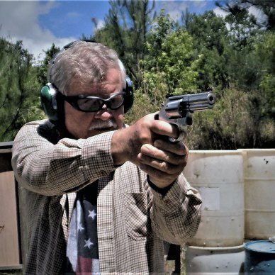 Bob Campbell shooting the smith and wesson 686 plus revolver front