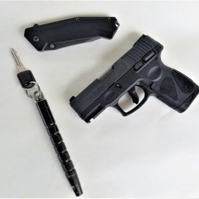 Taurus G2S Millennium with pocket knife and kubotan
