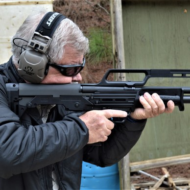 Bob Campbell shooting the Kel-Tec K7 shotgun