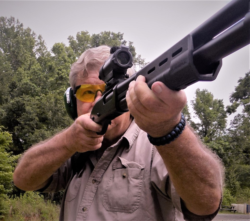 Bob Campbell shooting the Remington 870 shotgun with a TruGlo sight