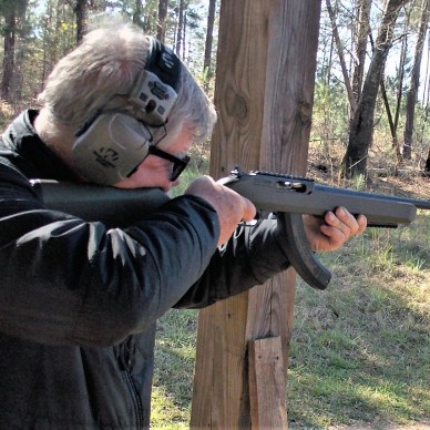 bob Campbell shooting the T/C R22 rifle
