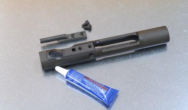 ar-15 carrier key