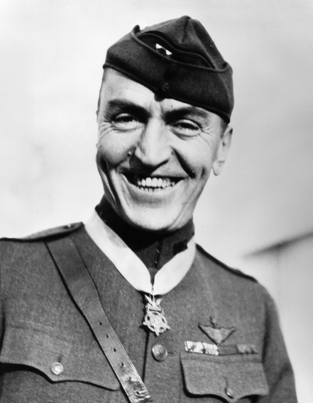 rickenbacker - air force legend