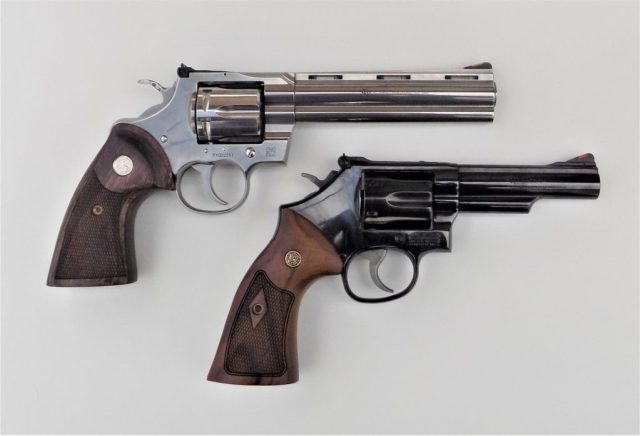 two revolvers with different barrel lengths