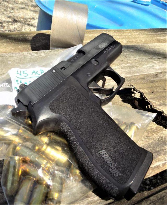 P220 SIG Carry SAS