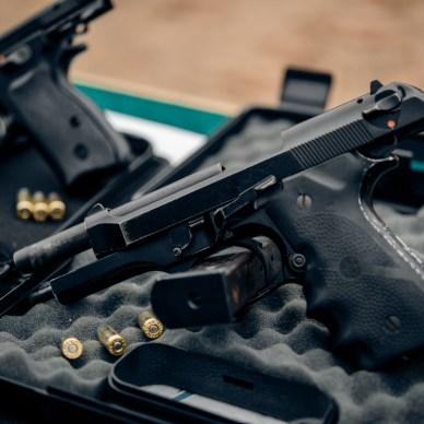 Beretta 92fs on Box