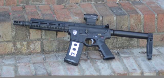 One AR-15 Rifle for CQB