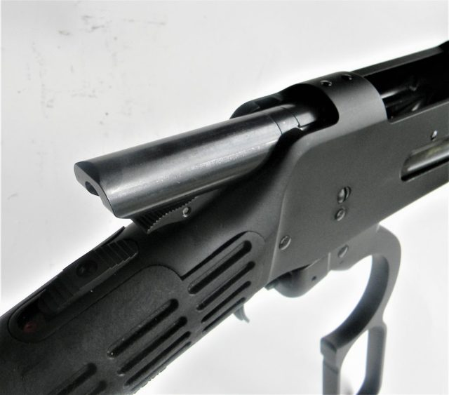 lever-action rifle bolt throw