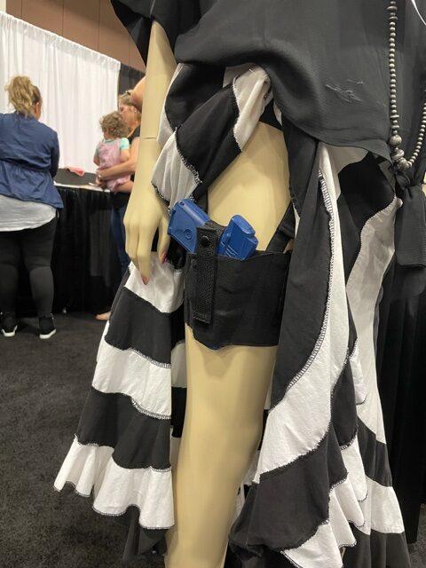 Femal thigh holster