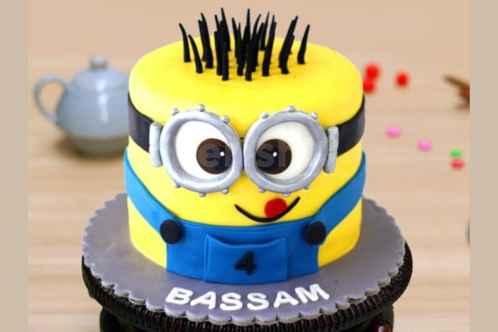 minion bday cake