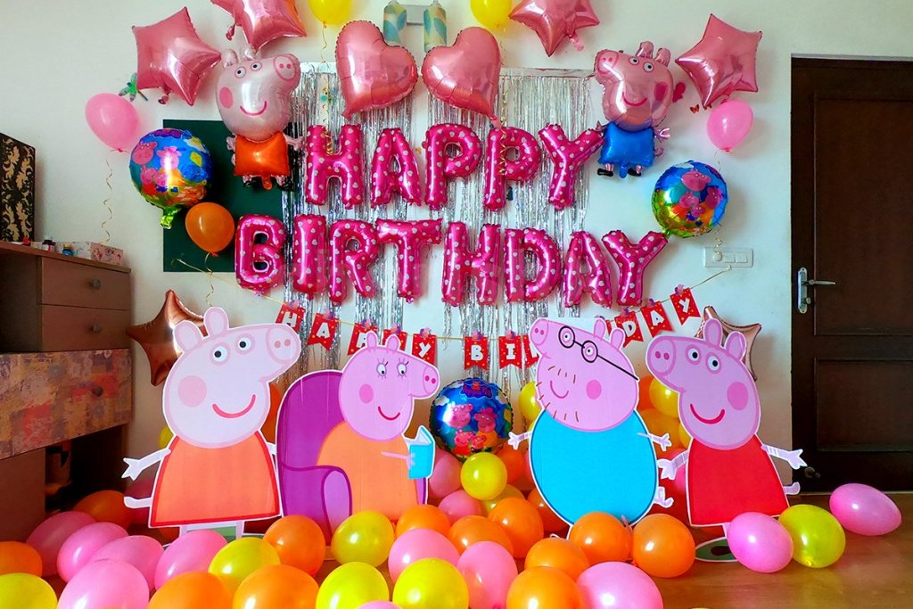 Consider 7 theme surprise party for your child's birthday-peppa pig