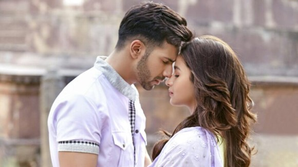 Top 15 Mind-blowing Romantic Songs From Bollywood That Are Perfect To Play On a Date-humsafar
