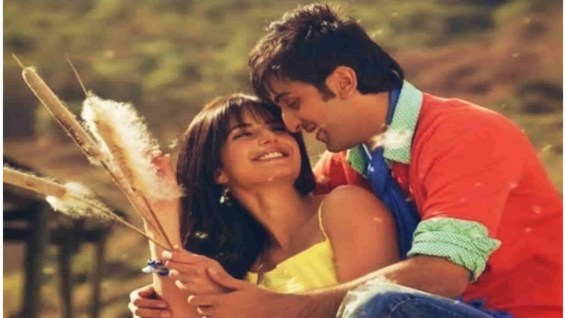 Top 15 Mind-blowing Romantic Songs From Bollywood That Are Perfect To Play On a Date- pehli nazar mein