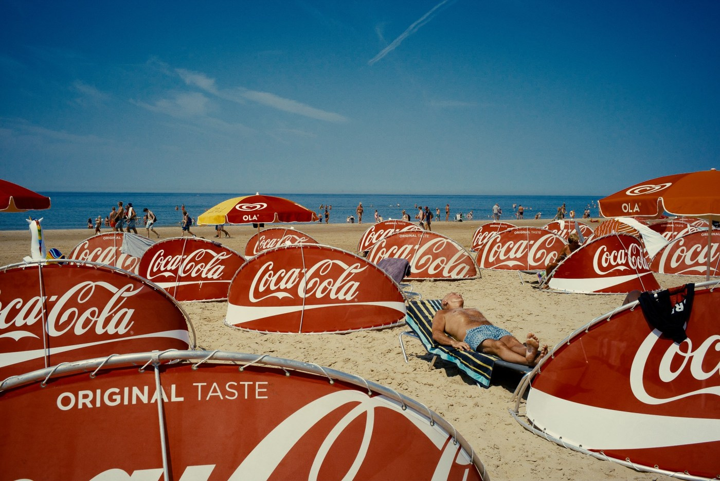 Beach Coca Cola by André Duhme