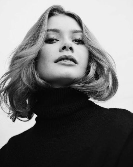 Model Anne-Sophie-d'Artagnan