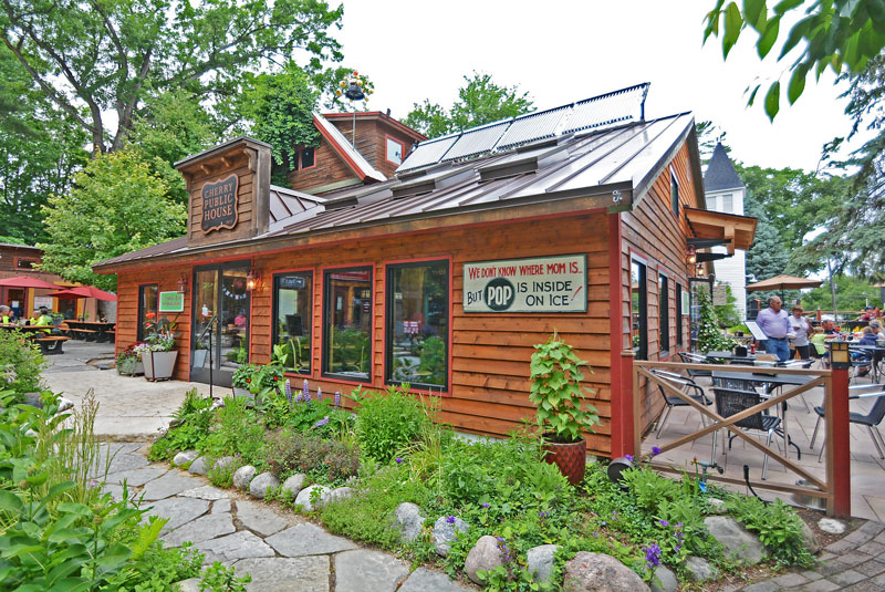cherry_public_house_solar_panels