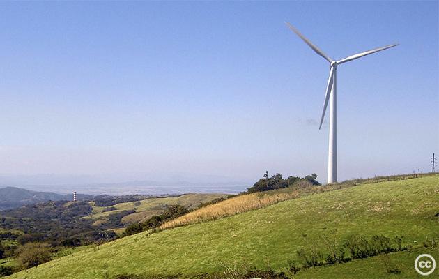 renewables-costa-rica-cc-Richie-Diesterheft-2004