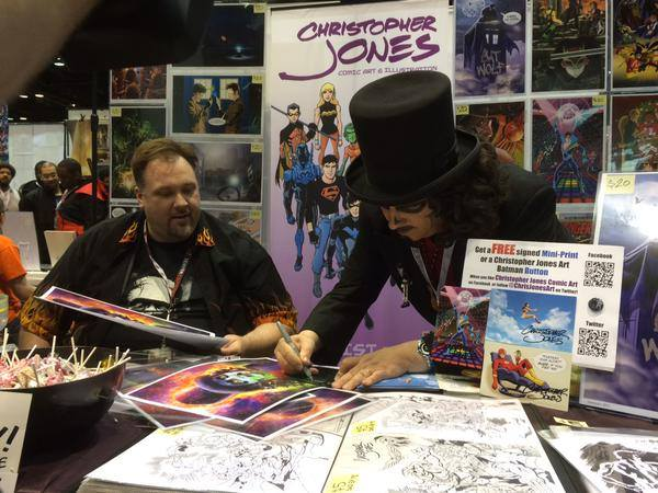 Svengoolie signs a print for me (Photo by Gregory Parks)