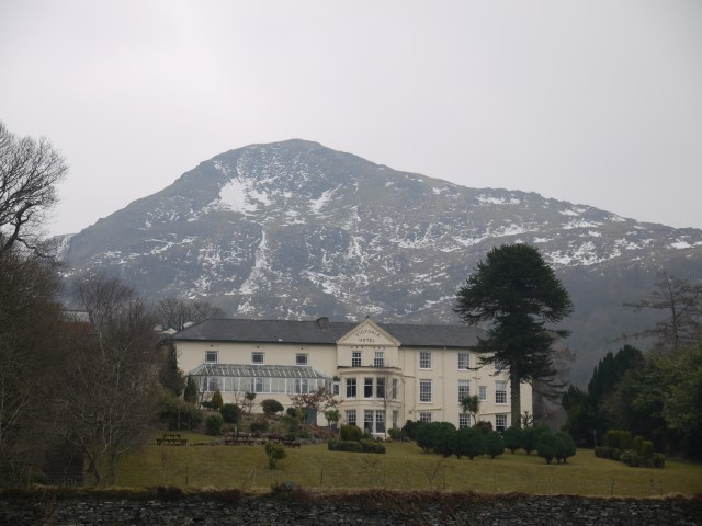 Out Hotel & Mount Snowdon