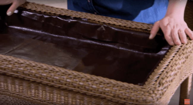 Teraryum Sehpa Asama 8 min 650x354 - Sukulent Moved To The Table! Coffee Table Terrarium Made