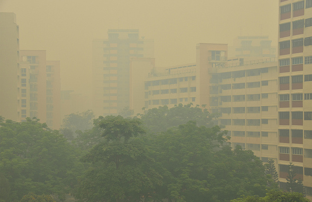 Pemandangan Singapura, PSI mencapai 400, pukul 11 pagi, 21 Juni 2013.