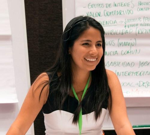 Peserta sesi pemuda, Daniela Rivas pada Forum Bentang Alam Global di Lima, Peru. Selama sesi ini, 100 orang muda mendiskusikan isu kunci gagasan inovatif kehutanan untuk pemanfaatan integrasi lahan. Foto CIFOR