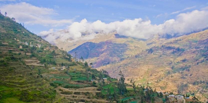 Paisaje agrícola de Huasahuasi en los Andes peruanos. Foto cortesía Faviola Torres.