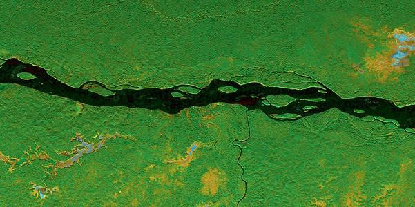 Río Napo, Ecuador. La información satelital puede ayudar a mejores decisiones políticas, si es bien comprendida.