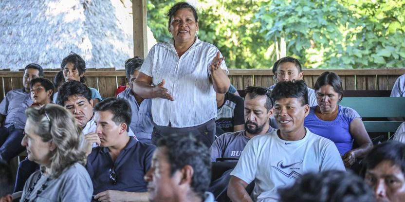 A woman recent workshop in Peru organized by CIFOR  Juan Carlos Huayllapuma/CIFOR