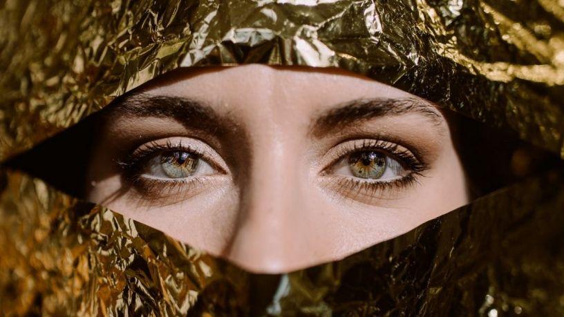 Olvídate de las ojeras bajo tus ojos