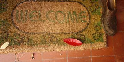 ¿Por qué colocar un tapete en la entrada de la casa?