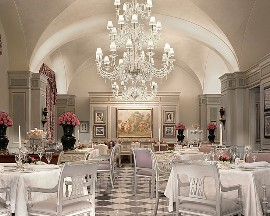 Four Season Florence Dining Room