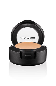 mac-studio-finish-spf-35-concealer