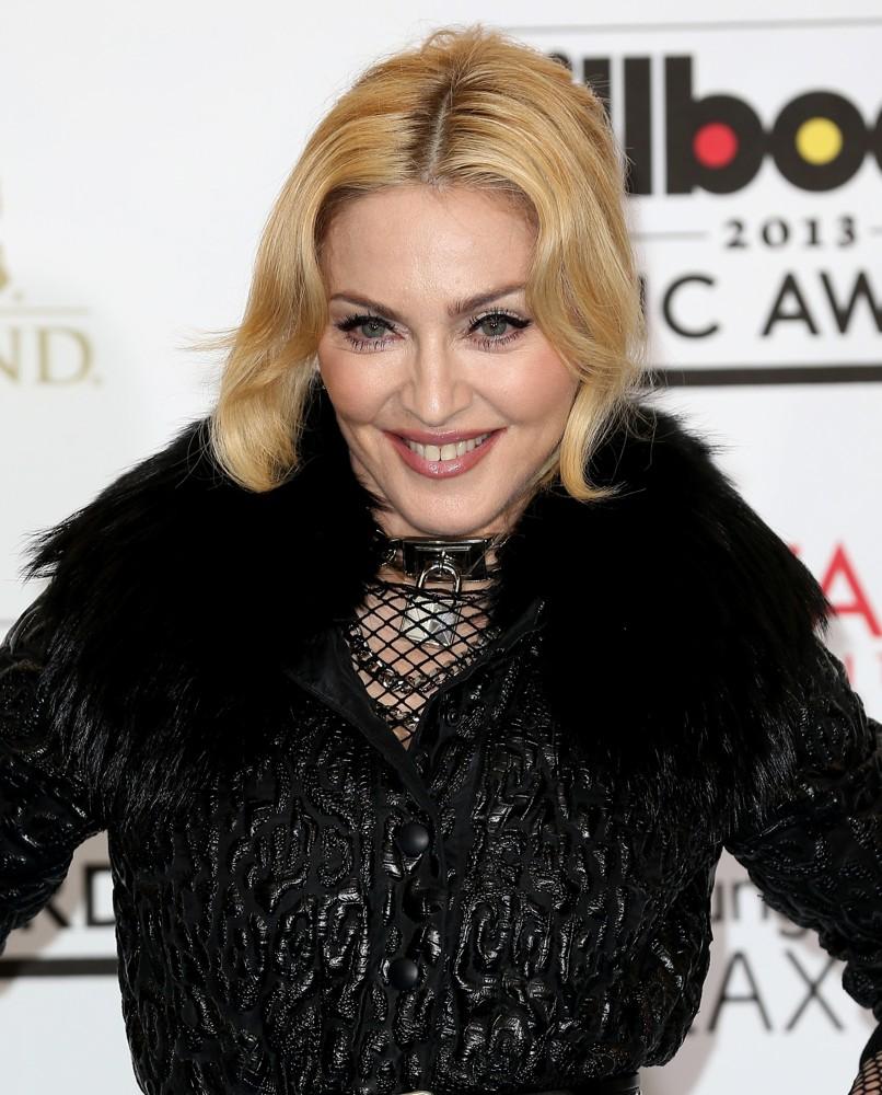 Madonna  più sexy a 55 anni che a 25! f7f7d09390b7