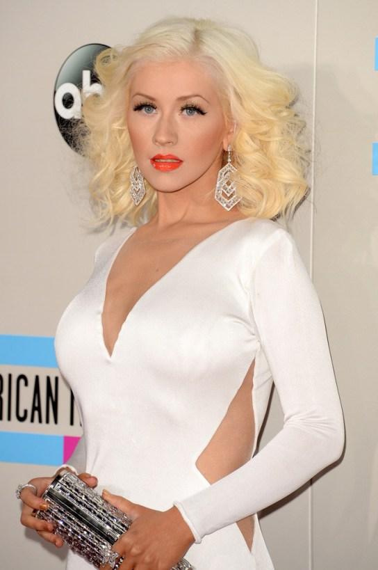 Christina-Aguilera-2013-American-Music-Awards-Maria-Lucia-Hohan-b
