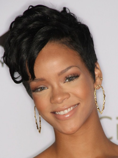 rihanna-2008-spirit-of-life-award-in-santa-monica-01
