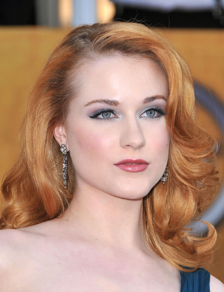 makeup-blue-eyes-red-hairred-carpet-fashion-and-makeup--evan-rachel-wood-at-sag-awards-2009-ogts2xbp