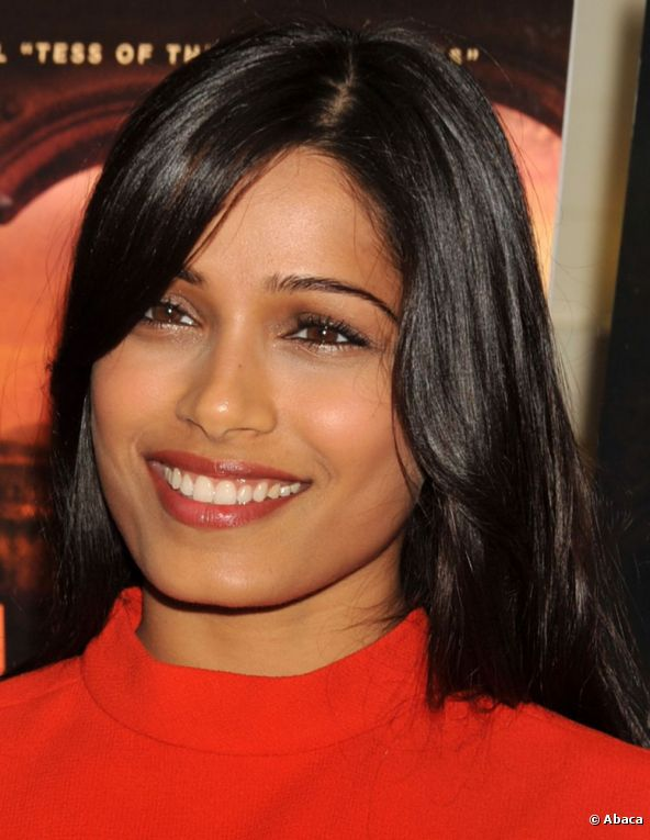 La bellissima attrice indiana Freida Pinto