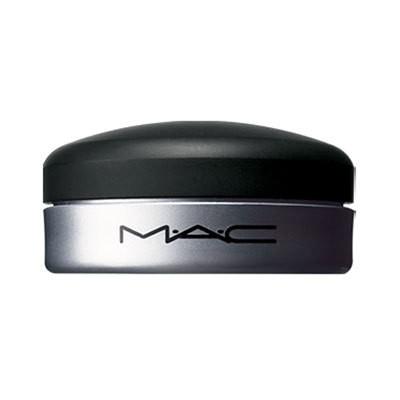 Mac-Lip-conditioner