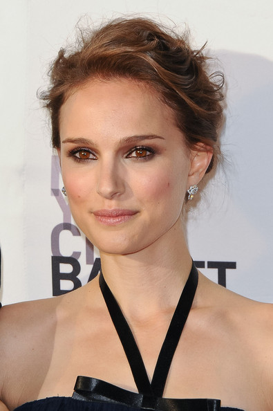 Natalie+Portman+Makeup+Neutral+Eyeshadow+M2CSdpnoGxXl