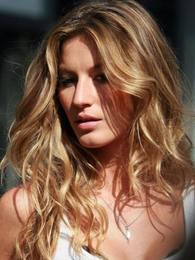 Gisele Bündchen è la regina dei capelli da spiaggia!