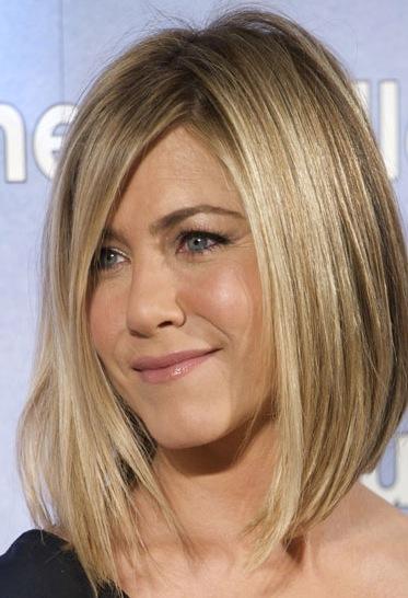E circa 3 anni fa anche Jennifer Aniston ha ceduto al fascino di questo taglio!