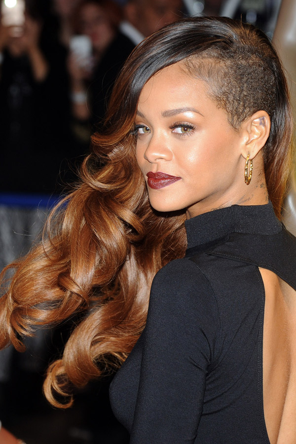 rihanna-side-cut-long-hair-1832304