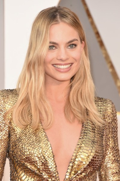 ClioMakeUp-oscar-2016-look-trucco-make-up-abiti-vestiti-capelli-Margot-Robbie-beauty