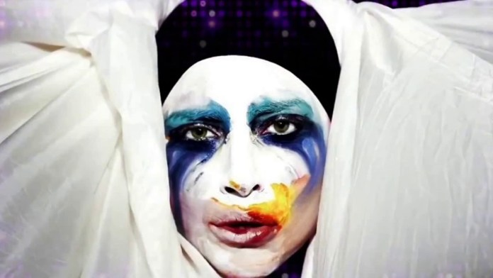cliomakeup-lady-gaga-applause-youtube.jpg