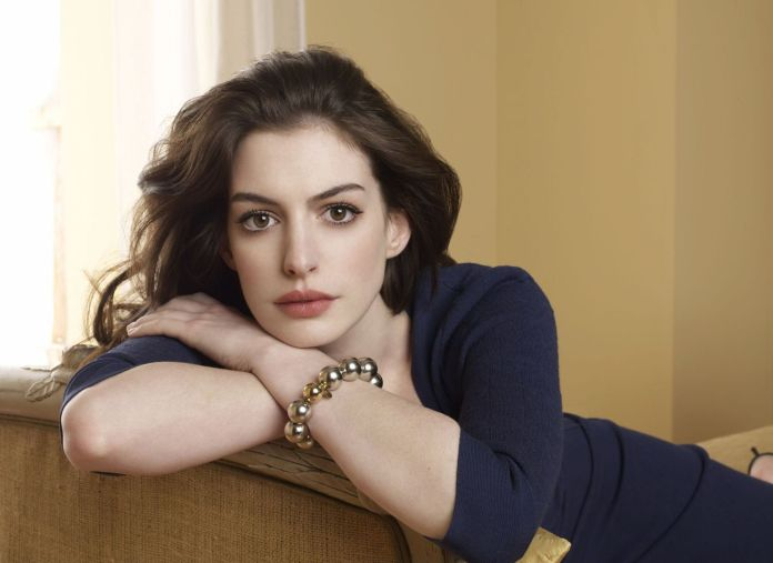 cliomakeup-more-famose-anne-hathaway-pinterest.jpg