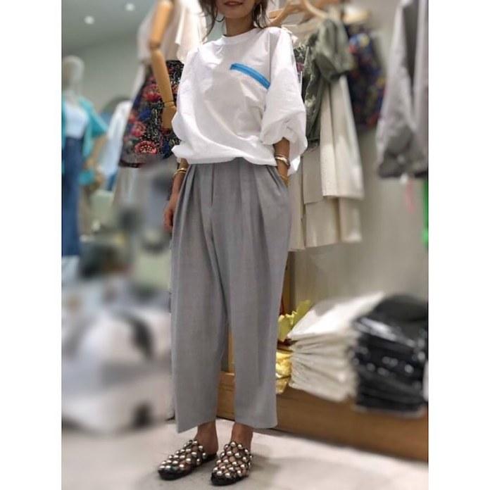 ClioMakeUp-abbinare-pantaloni-larghi-3-maglia-oversize.jpg